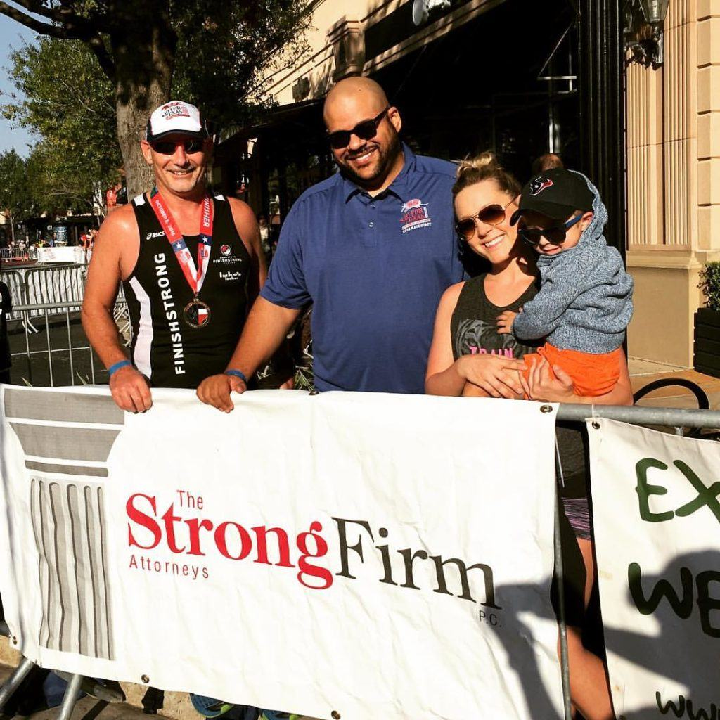 On Saturday, October 8th, The Strong Firm P.C. was the Risk Management Sponsor for the 10 for Texas. Our managing shareholder, Bret Strong (left) also participated in the event, and Eric Thiergood and Bethany Kovacs attended to cheer him on.